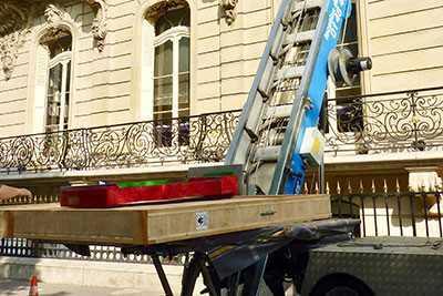 Location de monte meuble pour les professionnels paris et ile de france - Location de monte meubles ...